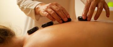 Angebot: Hot Stone Massage